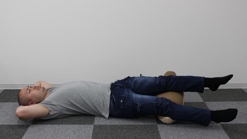 寝返り運動 腰楽ゆらゆら9